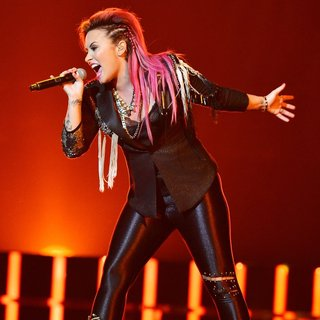 Demi Lovato in Demi Lovato Performing Live in Concert