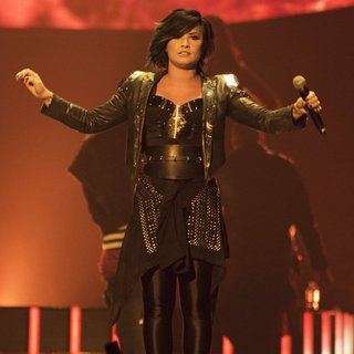 Demi Lovato Performs Live