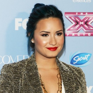 Demi Lovato in USA's X Factor Top 12 Party for Season 3