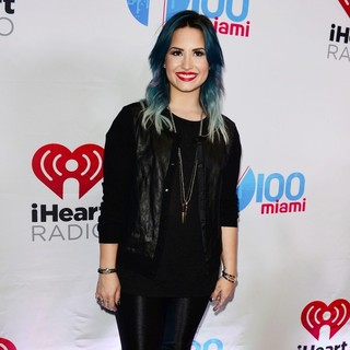 Demi Lovato in Y100's Jingle Ball 2013 Presented by Jam Audio Collection - Arrivals