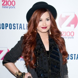 Demi Lovato in Z100's 2011 Jingle Ball Presented by Aeropostale - Arrivals