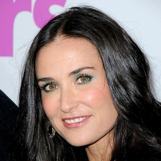 Demi Moore in Los Angeles Premiere of Killers - Arrivals