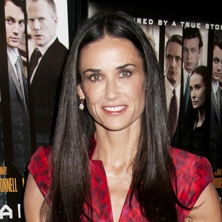 Demi Moore in Premiere of Margin Call - Outside Arrivals