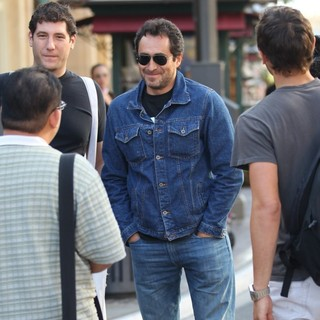 Demian Bichir in Demian Bichir Out Shopping at The Grove