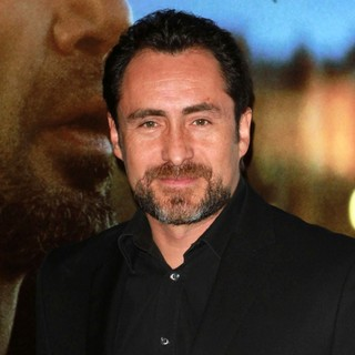 Demian Bichir in Los Angeles Premiere of Biutiful - Arrivals