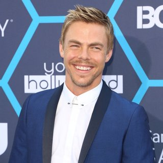 Derek Hough in The 16th Annual Young Hollywood Awards - Arrivals