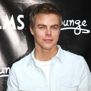 Derek Hough in Derek Hough Teaches A Dance Lesson to Local Students