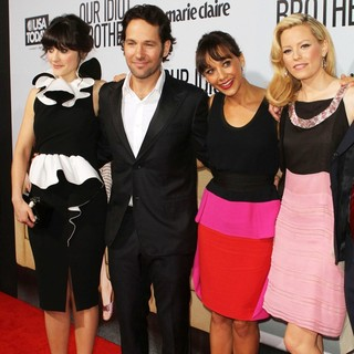 Zooey Deschanel, Paul Rudd, Rashida Jones, Elizabeth Banks in Our Idiot Brother - Los Angeles Premiere