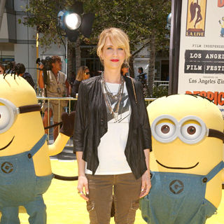 "Kristen Wiig in Los Angeles Premiere Of Universal Pictures' ""Despicable Me"" - Arrivals"