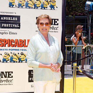 "Julie Andrews in Los Angeles Premiere Of Universal Pictures' ""Despicable Me"" - Arrivals"
