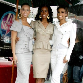 Destiny's Child in Destiny's Child Honoured with The 2,305th Star on The Hollywood Walk of Fame
