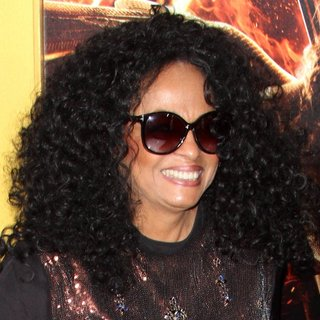 Diana Ross in Los Angeles Premiere of The Hunger Games: Mockingjay, Part 1 - Arrivals