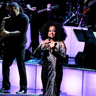 Diana Ross Performing Live on Stage During Her 'More Today Than Yesterday' Tour