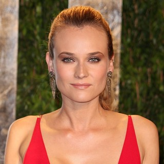 Diane Kruger in 2012 Vanity Fair Oscar Party - Arrivals - diane-kruger-2012-vanity-fair-oscar-party-02
