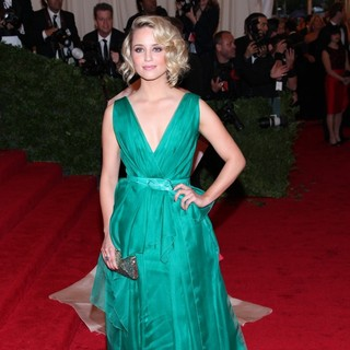 Dianna Agron in Schiaparelli and Prada Impossible Conversations Costume Institute Gala