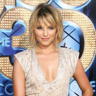 Dianna Agron in The World Premiere of Glee The 3D Concert Movie - Arrivals