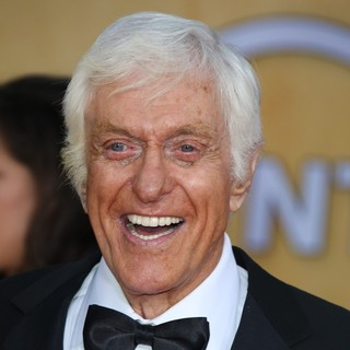 Dick Van Dyke in 19th Annual Screen Actors Guild Awards - Arrivals - dick-van-dyke-19th-annual-screen-actors-guild-awards-02