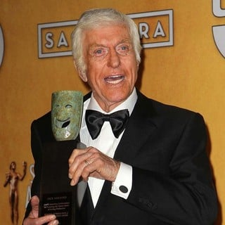 Dick Van Dyke in 19th Annual Screen Actors Guild Awards - Press Room - dick-van-dyke-19th-annual-screen-actors-guild-awards-press-room-02