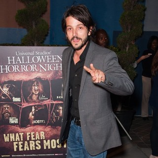 Diego Luna in Universal Studios Hollywood Halloween Horror Nights Eyegore Awards - Arrivals