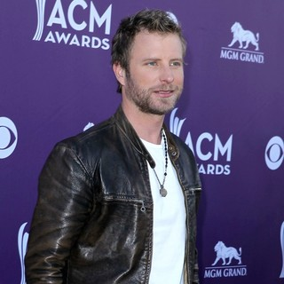 Dierks Bentley in 2012 ACM Awards - Arrivals - dierks-bentley-2012-acm-awards-01
