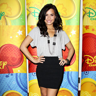 Demi Lovato in Disney/ABC Television Group Summer Press Junket - Arrivals