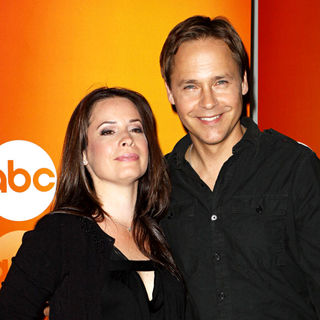 Holly Marie Combs, Chad Lowe in Disney/ABC Television Group Summer Press Junket - Arrivals