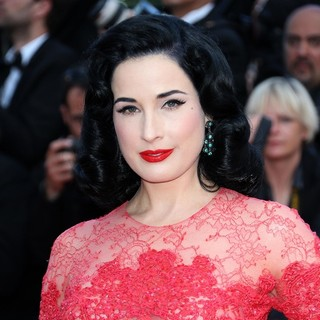 66th Cannes Film Festival - Behind the Candelabra Premiere - dita-von-teese-behind-the-candelabra-premiere-05
