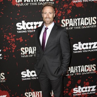 Ditch Davey in U.S. Premiere Screening of Spartacus: War of the Damned