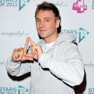 DJ Fresh in T4 Stars - Press Room - dj-fresh-t4-stars-01