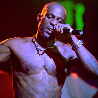 DMX Performing Live to Promote His CD Undisputed - dmx-performing-live-promote-undisputed-14