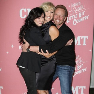 Shannen Doherty, Jennie Garth, Ian Ziering in Jennie Garth's 40th Birthday Celebration and Premiere Party for Jennie Garth: A Little Bit Country