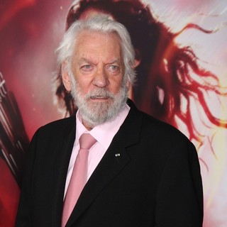The Hunger Games: Catching Fire Premiere - donald-sutherland-premiere-the-hunger-games-catching-fire-07