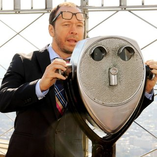 Donnie Wahlberg Lights The Empire State Building