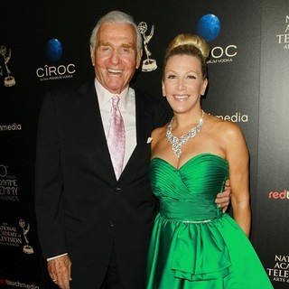 Jerry Douglas, Kym Douglas in The 40th Annual Daytime Emmy Awards - Arrivals