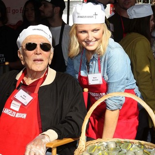Kirk Douglas, Malin Akerman in The Los Angeles Mission's Thanksgiving for Skid Row Homeless