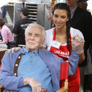 Kirk Douglas, Kim Kardashian in 75th Anniversary of The Los Angeles Mission Serving Thanksgiving Dinner to The Homeless