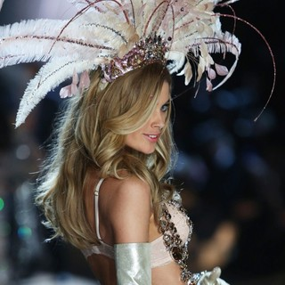 The 2012 Victoria's Secret Fashion Show - Inside