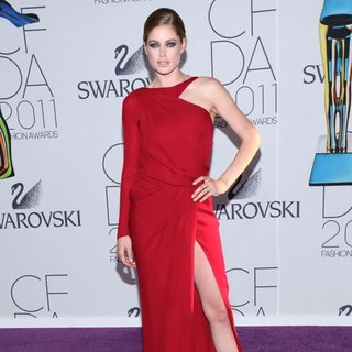 Doutzen Kroes in The 2011 CFDA Fashion Awards