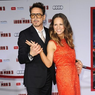 Robert Downey Jr. in Iron Man 3 Los Angeles Premiere - Arrivals - downey-jr-levin-premiere-iron-man-3-14