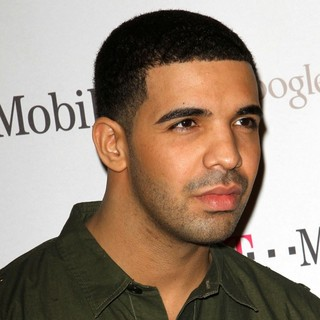 Drake in Celebrity Magenta Carpet Arrivals at The Launch Party for Google Music Available on T-Mobile