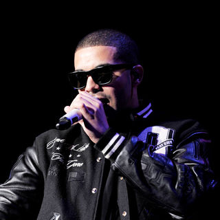 Drake Performs on Stage at The Molson Canadian Amphitheatre