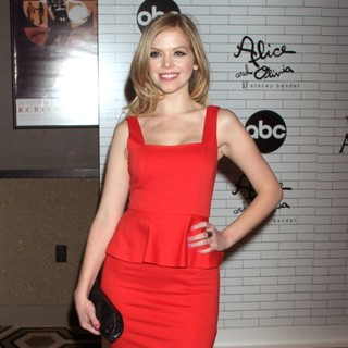Dreama Walker in The Screening of ABC TV Series Don't Trust the B---- in Apartment 23 - Arrivals