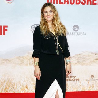 World Premiere of Blended Movie - drew-barrymore-berlin-premiere-blended-04