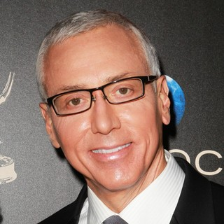 Dr. Drew Pinsky in The 40th Annual Daytime Emmy Awards - Arrivals