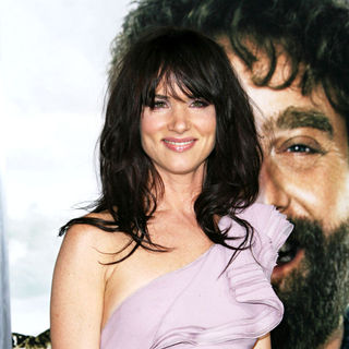 Juliette Lewis in Los Angeles Premiere of 'Due Date'