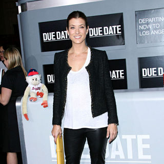 Kate Walsh in Los Angeles Premiere of 'Due Date'