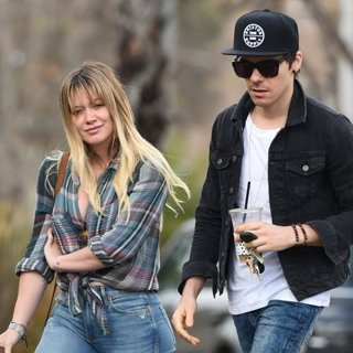 Hilary Duff, Matthew Koma in Hilary Duff Has Coffee with Matthew Koma