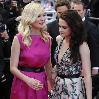 Kirsten Dunst, Kristen Stewart in On the Road Premiere - During The 65th Cannes Film Festival