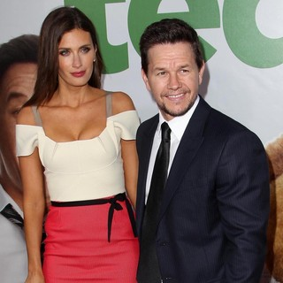 Rhea Durham, Mark Wahlberg in The Los Angeles Premiere Ted - Arrivals