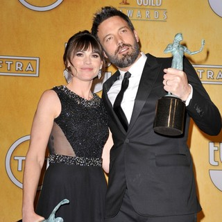 Clea DuVall, Ben Affleck in 19th Annual Screen Actors Guild Awards - Press Room